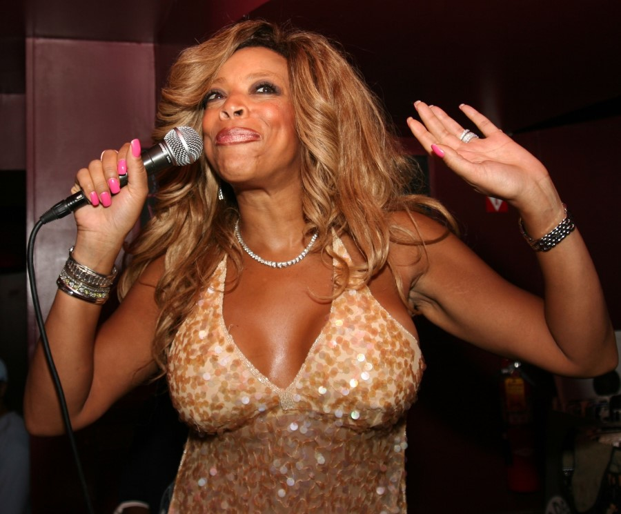 Wendy Williams breast augmentation 158
