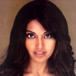 Bipasha Basu before rhinoplasty