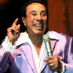 Smokey Robinson after botox injections