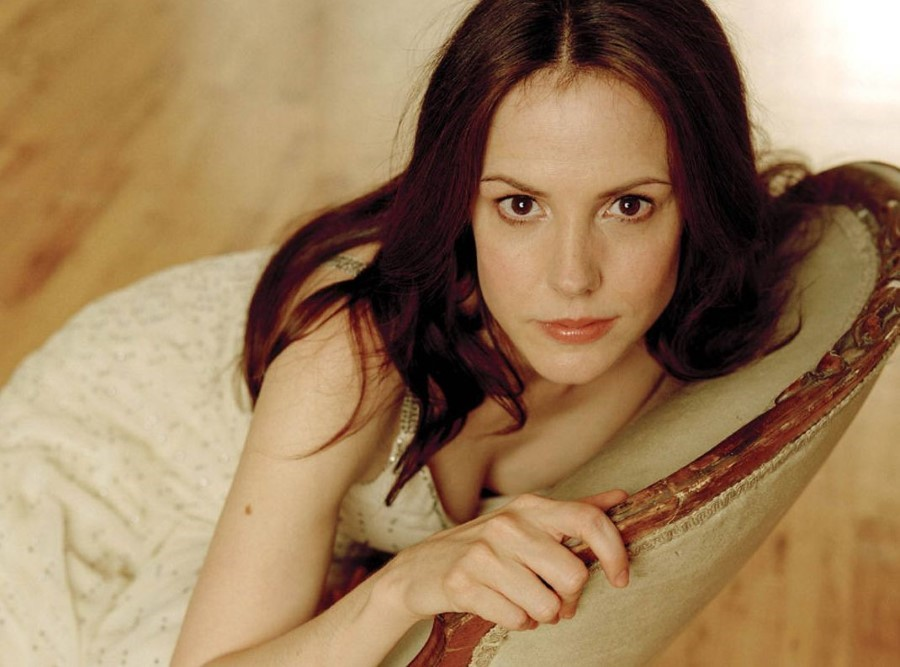 Mary Louise Parker botox injections