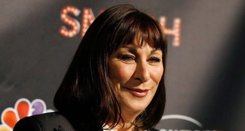 Anjelica Huston plastic surgery