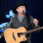 Garth Brooks plastic surgery 09