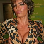 Lisa Rinna after breast augmentation 02