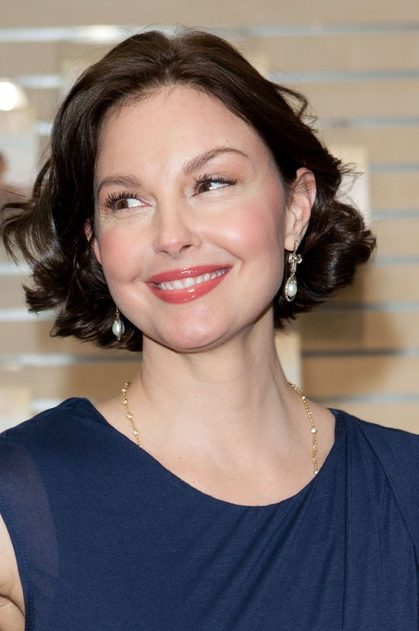 Ashley Judd after Plastic Surgery