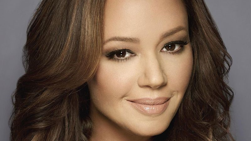 Leah Remini - King of Queens beauty using plastic surgery? Katie Holmes Scientology