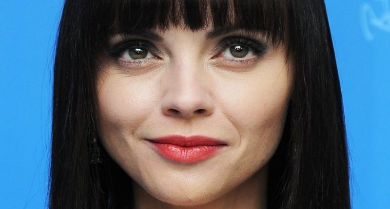 Videos / christina ricci plastic surgery very