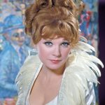 young Shirley MacLaine plastic surgery (9)