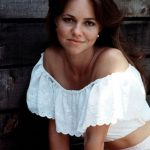 Sally Field before plastic surgery (5)