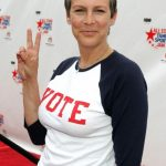 Jamie Lee Curtis plastic surgery (37)