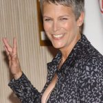 Jamie Lee Curtis plastic surgery (6)