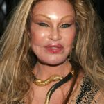 Jocelyn Wildenstein plastic surgery (30)