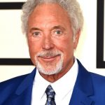 Tom Jones plastic surgery (33)