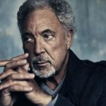 Tom Jones plastic surgery (35)
