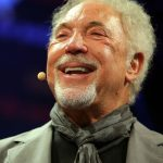 Tom Jones plastic surgery (38)