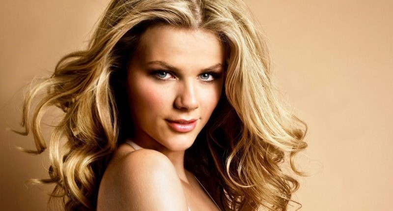 Brooklyn Decker plastic surgery