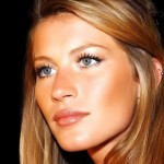 Beautifull Gisele Bundchen before plastic surgery