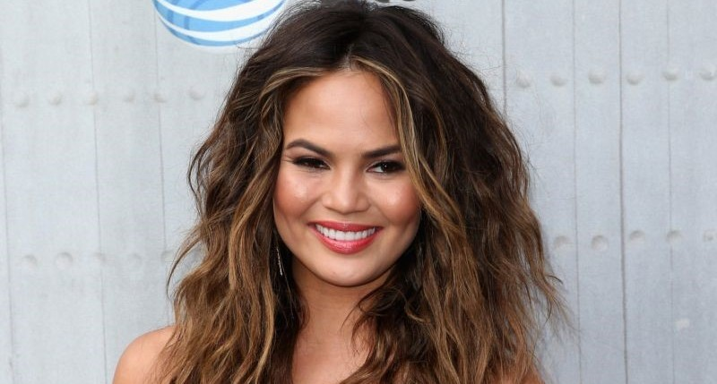 Chrissy Teigen plastic surgery