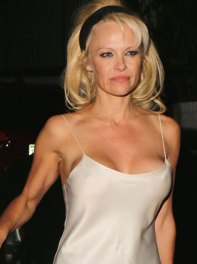 pamela anderson without makeup � celebrity plastic surgery