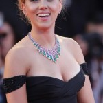 Scarlett Johansson before breast reduction 02