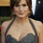Mariska Hargitay after breast augmentation plastic surgery (3)