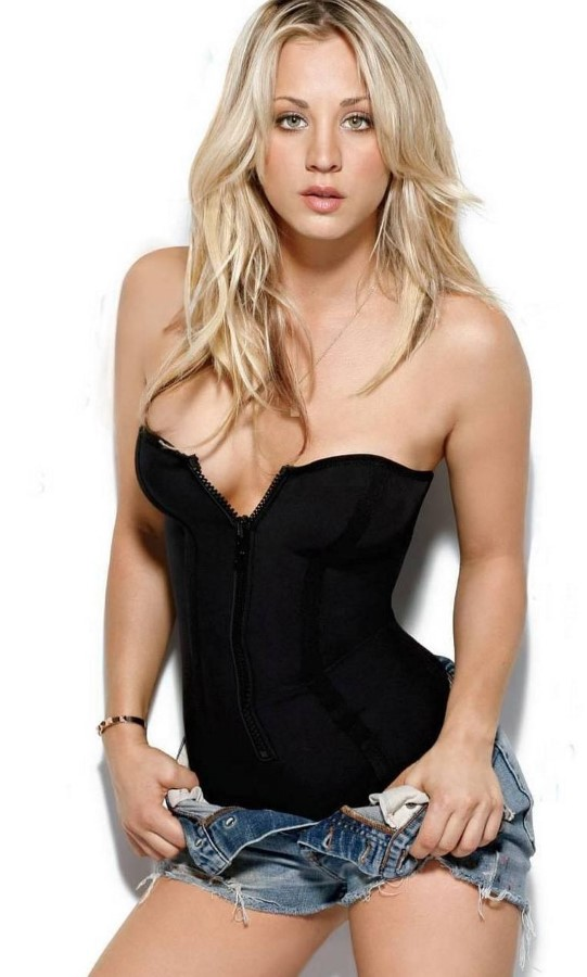 kaley cuoco after breast augmentation (15) – celebrity plastic