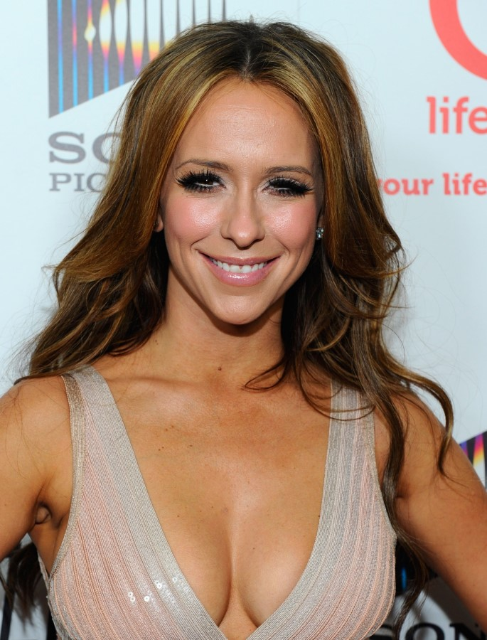 Jennifer Love Hewitt after plastic surgery