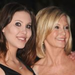 Chloe Lattanzi plastic surgery 2 with Olivia Newton John