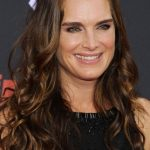 Brooke Shields plastic surgery 31