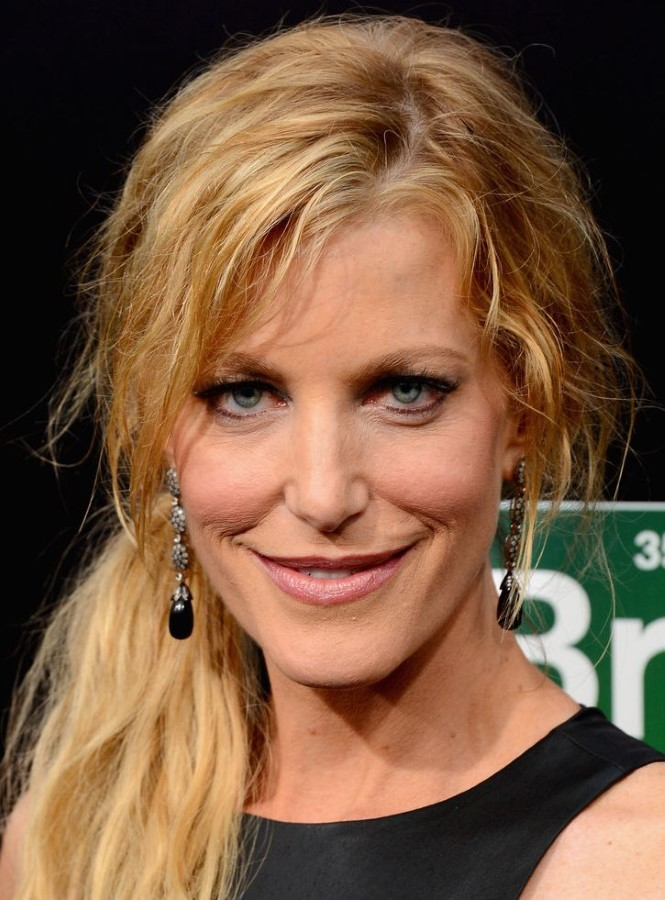 Anna Gunn plastic surgery (39) – Celebrity plastic surgery ...
